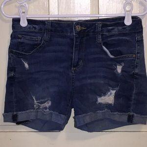 Arizona Jean Co Distressed Jean short Dark wash